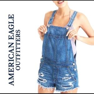 American Eagle distressed jean overall shorts XS